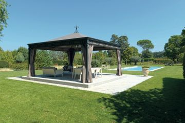 Gazebo malatesta con arredi Point 1920